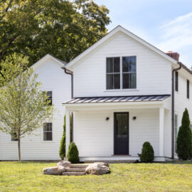 Country Retreat, Roxbury Ct